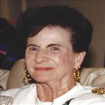 Vivian Maxine Plisko