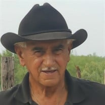 Alejandro Solis