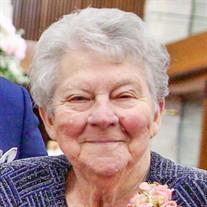 Clara Pausewang Mahalitc