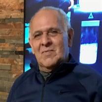 Victor M Ortiz