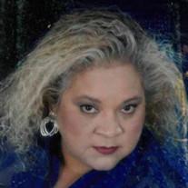 Gloria Herrera Dyes
