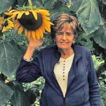 Marilyn Lydia McCutcheon