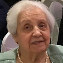Maria F Romito