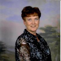Eleanor Dennis (Pallo)