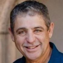 Elias D Figueroa