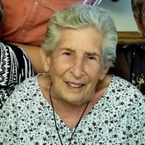 Eva Mae Valois Nieves