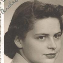 Ms Loretta Heimark