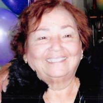 Consuelo Cruz