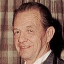 Walter W Hickey