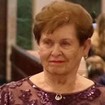 Mrs Veronica Hoffmann