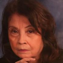 Shirley E Torres
