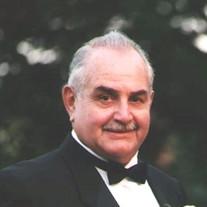 Robert E Hoag