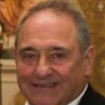 Russell J Minghettino
