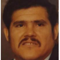 Luis M Martinez