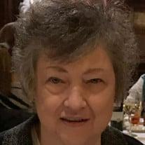Betty R Holmes