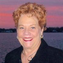 Gloria C Fratrik