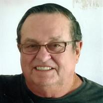 "Willie Rayborn ""Ray"" Tinch"