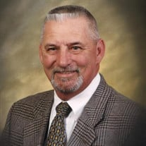 Mr. Larry Charles Moretz