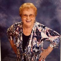 Helga Helton