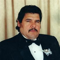 Rusbel Reyna Sr.