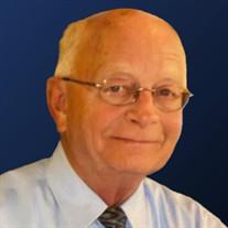 Robert E Williams