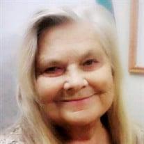 Patricia J Lyons