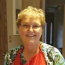 Linda Pustik-Lindsey