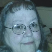 Sis Jackson (Gloria Watts)