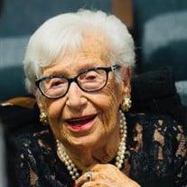 Helga Ruth Gutmann