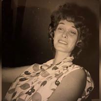 Joyce L Castan