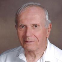 Roger E Cadieux