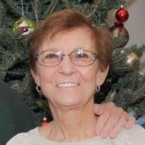 Evelyn M Fahrenkopf