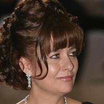 Lilia Serratos