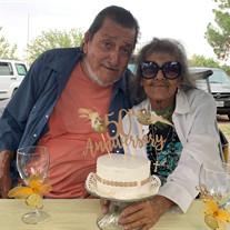 Roberto & Isabel Reyes