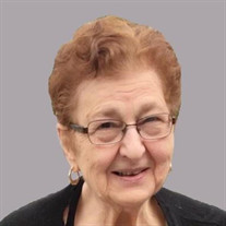 Sarah Lucia Mack