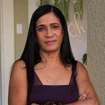 Ana C. Checo