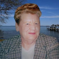 Betty Lee LaBrie