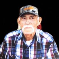 Eduardo Molina Sr.