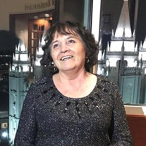 Julia Avello