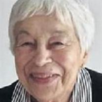 Stella DeWitt