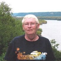 """Lecey """"Sue"""" E. Wheetley"""