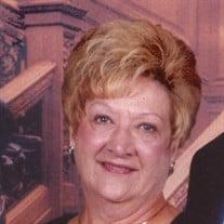 Mrs. Geraldine Caravello Aus