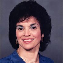 Daphne Savramis