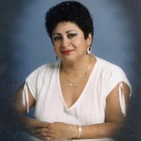 Luz E. Valencia