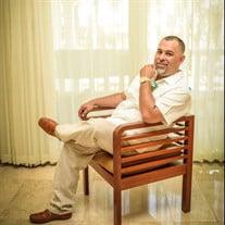 Jose Luis Hernandez Jr