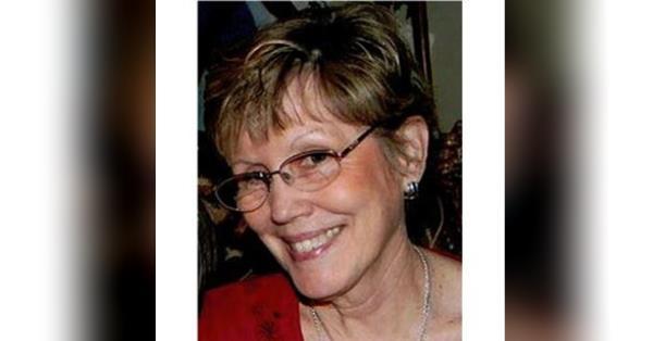 Lois Nesbitt Obituary - Visitation & Funeral Information