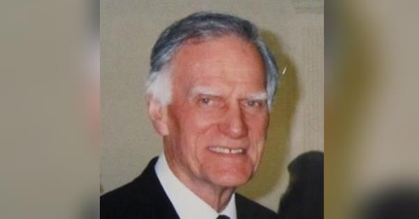 Robert J  Field Obituary - Visitation & Funeral Information